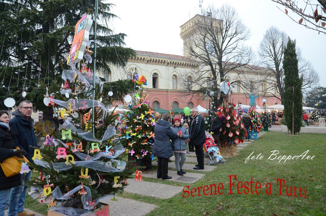 033_Mercatino di Natale 2015_2