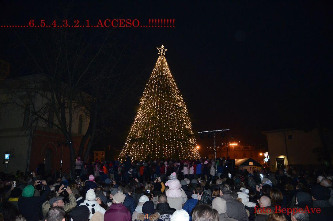 036_Mercatino di Natale 2015_2