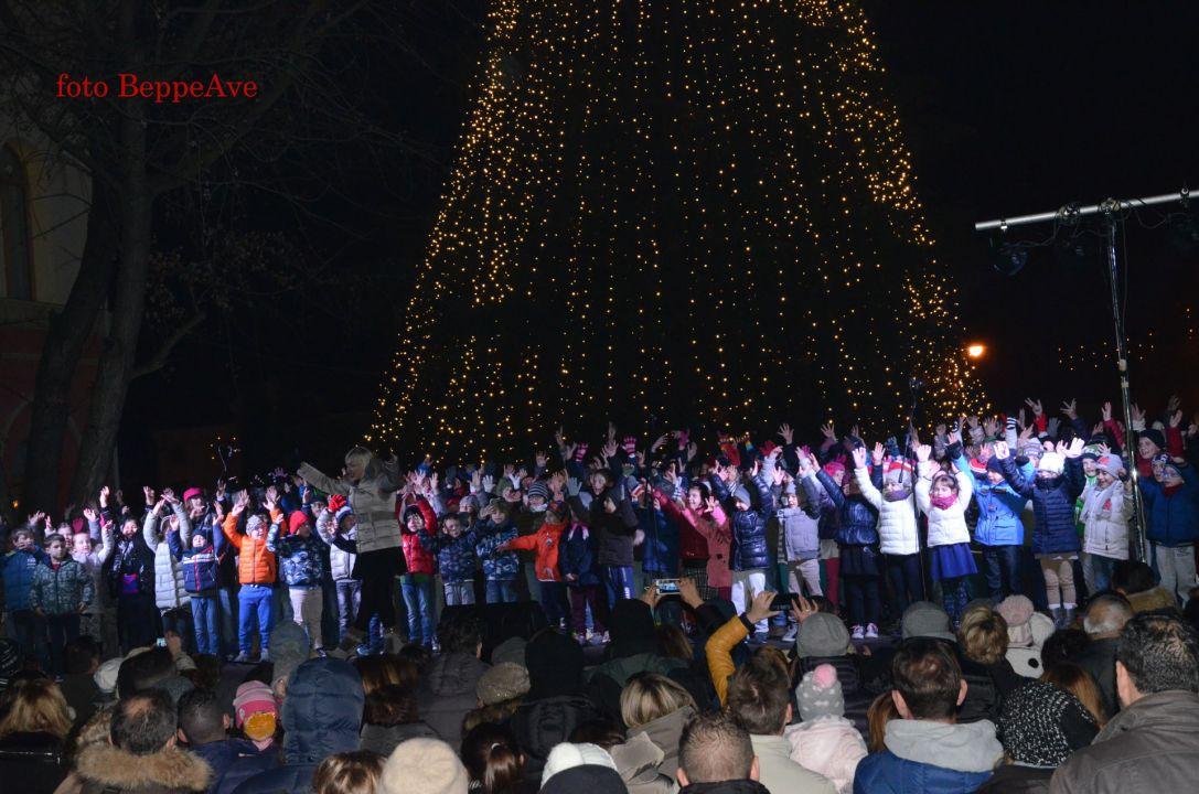 043_Mercatino di Natale 2015_2