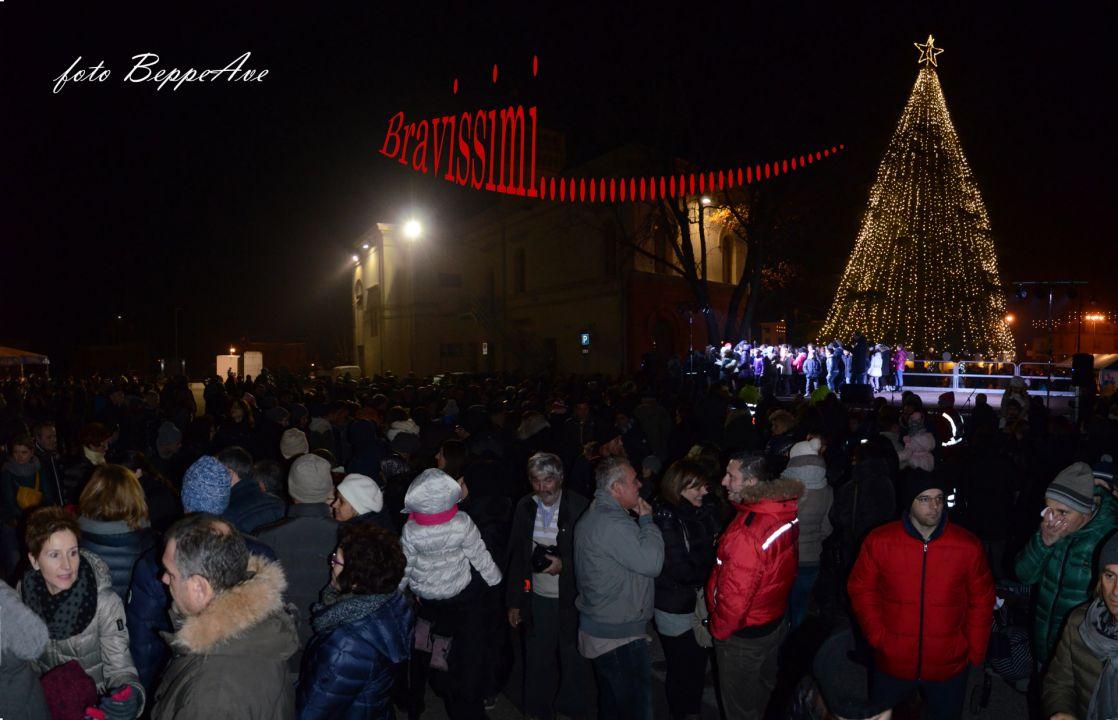 047_Mercatino di Natale 2015_2